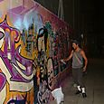 2.Graffitiartistatwork